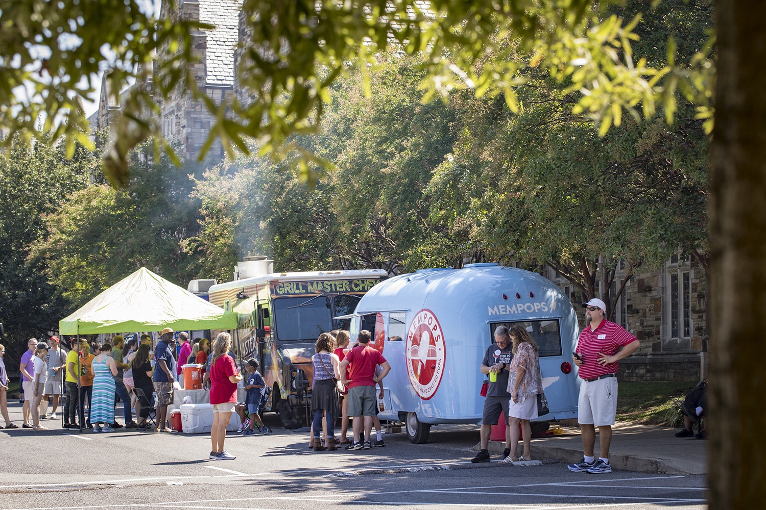 Food Trucks on campus