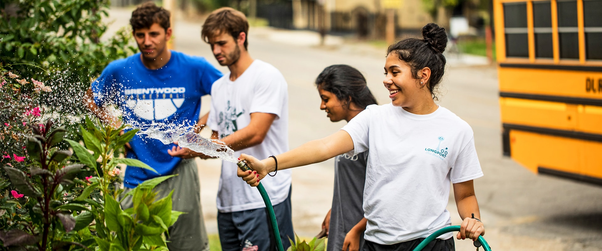 Students doing community service during Welcome Week 2018