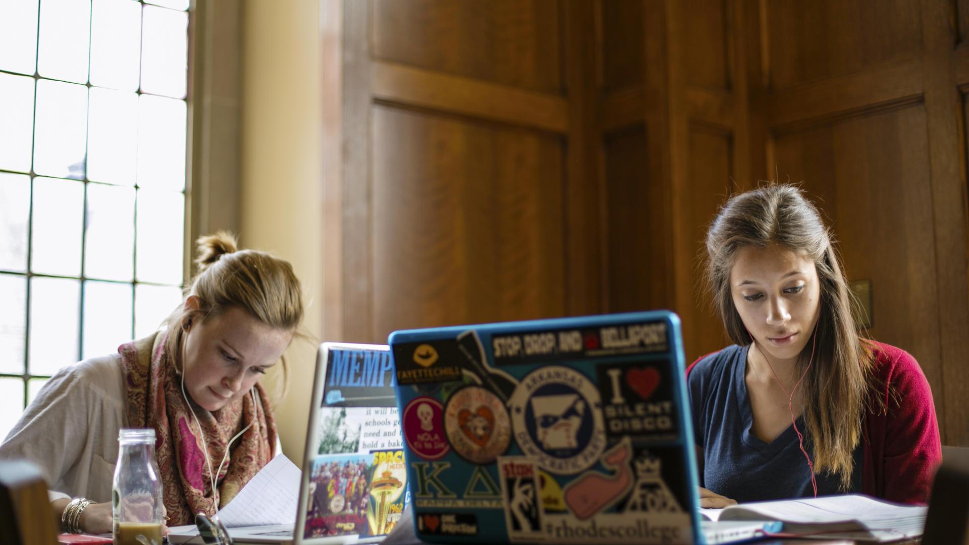 Rhodes College Calendar 2022.Applications Deadlines Rhodes College